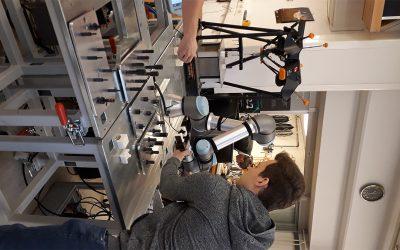 Obiskali smo center za sodelujočo robotiko